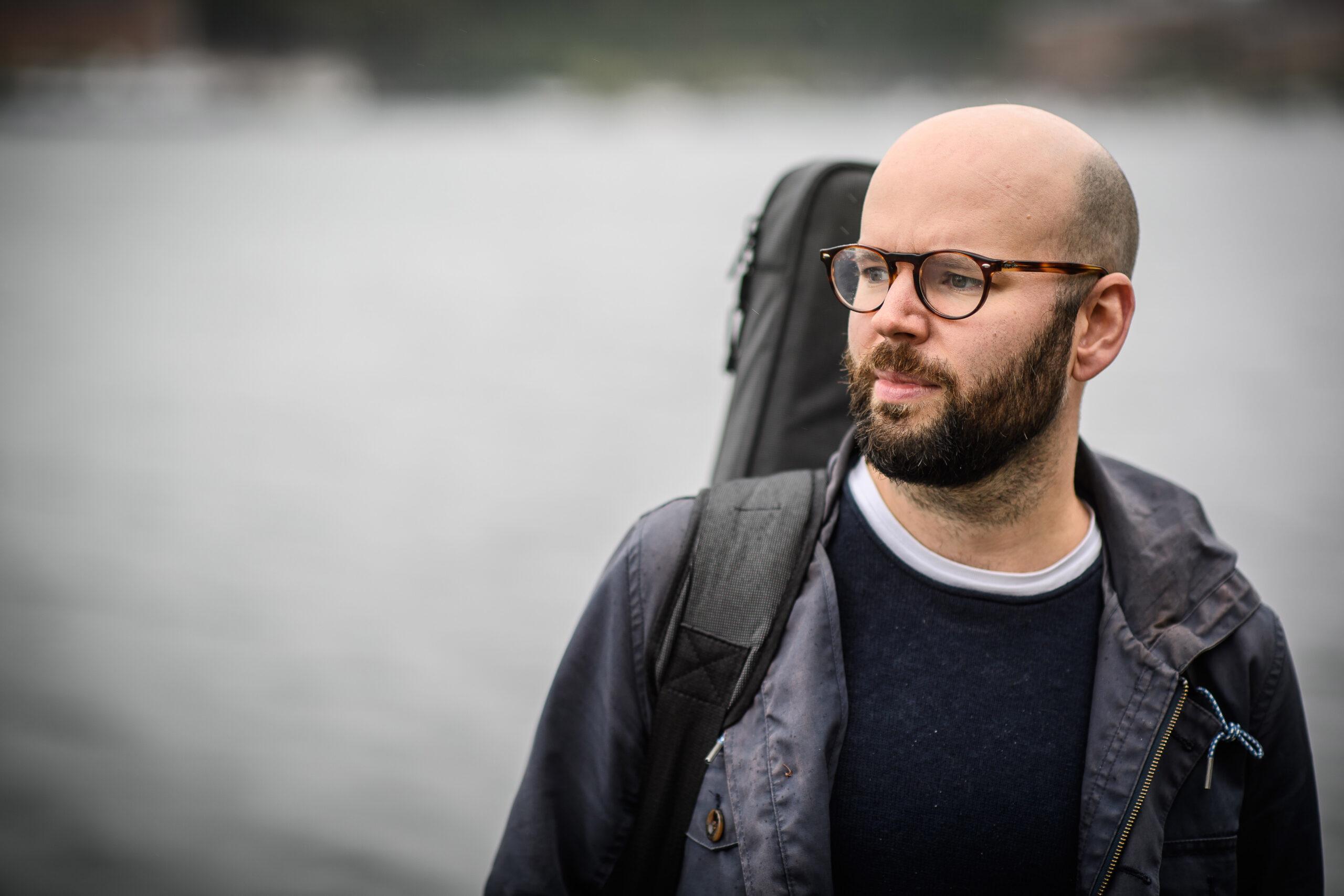 Jonas Isaksson, gitarr